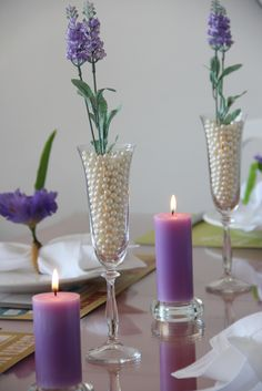 Mesa posta - Detalhes pérola e lilás.
