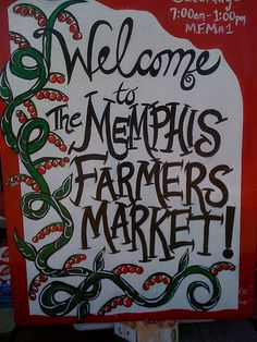 102 / 365:     Make mama (and the local economy) proud by buying your veggies directly from the men and women who grow them at the weekly Memphis Farmers Market.