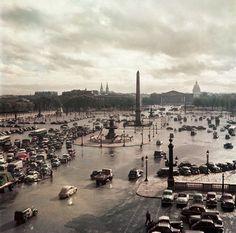 Robert Capa, Place de la Concorde depuis le bureau de Time et Life, Paris, 1952