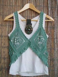 Top 25 Knit Vest Cardigan Blouse Dress Models - 25 Cardigan Blouses Dress Knitting Pattern with Stylish Pattern Motifs from Each Other - Crochet Bolero, Gilet Crochet, Crochet Motifs, Crochet Shirt, Crochet Jacket, Crochet Stitches, Knit Vest, Crochet Vests, Lace Vest