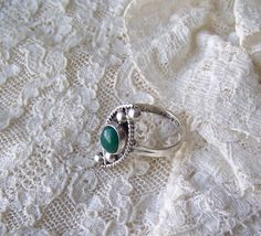 Vintage Sterling Silver Turquoise Ring  Dainty by cynthiasattic