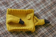 Adorably Tiny Hand-Knitted Sweaters Outfit Everyday Coffee Mugs - My Modern Met
