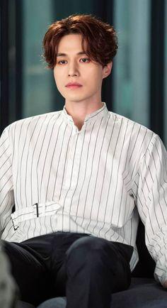 The tale of nine tailed Drama Korea, Korean Drama, Asian Actors, Korean Actors, Lee Dong Wook Drama, Lee Dong Wook Wallpaper, Lee Dong Wok, Korean Tv Series, Gumiho