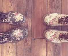 Love these floral boots to complete the look when going for a boho look either for fun or for special occasions like a music festival or wedding!
