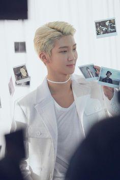 """You are beautiful, beautiful, beautiful. Winner Meme, Winner Kpop, Yg Groups, Song Minho, Who Is Next, Win My Heart, Fandom, Pin Pics, Jaebum"