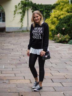 Layering, Pullover, streetlook, lederhose, leather pants, converse, herbstlook, fashion, fashionblogger