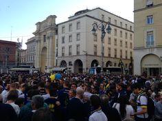 17 Aprile: grande festa in Piazza Garibaldi dopo la promozione del Parma calcio 1913 in Lega Pro grazie alla vittoria nella partita casalinga contro il Delta Rovigo.