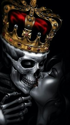 King Skull kissing the queen
