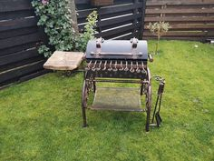 Barbecue Grill, Outdoor Furniture, Outdoor Decor, Ottoman, Home Decor, Photo Galleries, Decoration Home, Room Decor, Interior Design