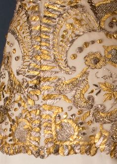 ephemeral-elegance:  Viennese Ball Gown or Court Dress, ca. 1913 via Museum of Decorative Arts of Prague