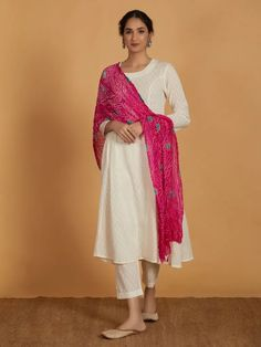 The Loom- An online Shop for Exclusive Handcrafted products comprising of Apparel, Sarees, Jewelry, Footwears & Home decor. Indian Fashion Dresses, Pakistani Dresses Casual, Dress Indian Style, Indian Outfits, Kurta Designs Women, Blouse Designs, Salwar Designs, Blouse Styles, Indian Designer Suits