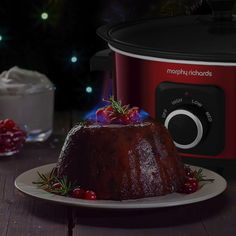 It wouldn't be Christmas without a Christmas pudding and what better way to make one than in our Slow Cooker! Simply make in the morning and have it ready in time for dessert in the evening. Warm Food, Christmas Pudding, Winter Warmers, Slow Cooking, Stew, Cooker, Snacks, Baking, Desserts