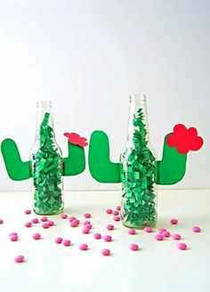 Fun cactus table decoration for outdoor party or cinqo de mayo !