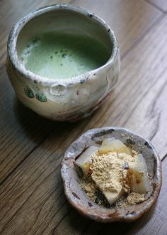 Japanese matcha tea and warabi sweets
