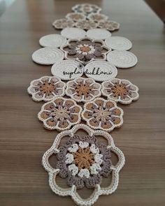 Crochet Doily Diagram, Crochet Motif Patterns, Crochet Symbols, Filet Crochet, Crochet Designs, Crochet Doilies, Easy Crochet, Crochet Flowers, Crochet Stitches