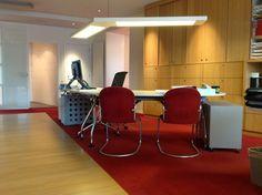 Deco-ceiling maatwerk in kantoor van O.V.M. Verzekeringen Zegveld, LedPanels in element ingebouwd met afstandsbediening!