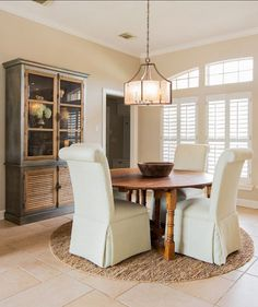 Sherwin Williams Paint Color. Accessible Beige Sherwin-Williams. #AccessibleBeige #Sherwin-Williams.