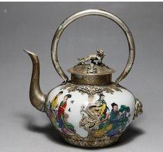 Chinese Porcelain Dragon Paint Belle Tea Pot.
