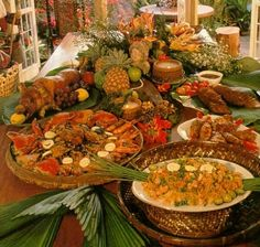 Filipino Party Decorations | Noche Buena: The Filipino Christmas table is filled with a lot of the ...