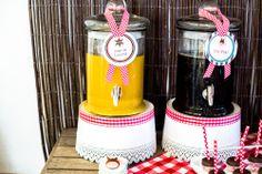 Socorro! Sou mãe...: Os 3 anos do (cow)boy: Party Printables Cowboy by Kids&Babies Design (rótulos circulares para dispensadores de bebidas) - Foto: Crush