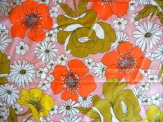 Vintage Floral Fabric Yardage 4 Yards Spring by PeppermintBark Vintage Floral Fabric, Retro Fabric, Vintage Fabrics, Retro Print, Close Up Photos, Yards, Poppies, Florals, Print Patterns