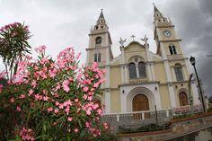 Santuario Diocesano de Nuestra Señora de la Candelaria en la población de Bailadores - Edo. Mérida
