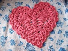 crochet heart with pineapples...pretty by Aloha Betty