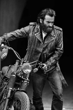 Leathers, a beard and an old bike. Justin Theroux