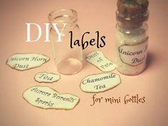 DIY Labels for Bottle Charms ~ Come fare le Etichette per Bottigliette Mini Glass Bottles, Glass Bottle Crafts, Diy Bottle, Bottles And Jars, Bottle Art, Bottle Labels, Bead Bottle, Glass Vials, Perfume Bottles