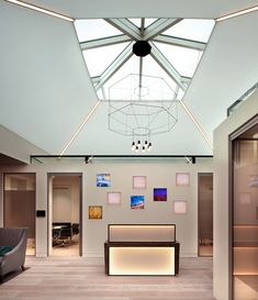 private-investment-bank-office-design-1