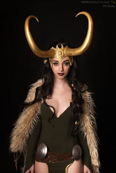 Lady Loki - Thor (Marvel) Cosplay made and worn by Neigeamer