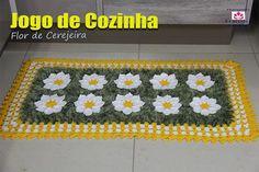 Jogo de Cozinha - Flor de Cerejeira Aula aqui   http://ift.tt/1T6LsaP #crochet #professorasimone #semprecirculo