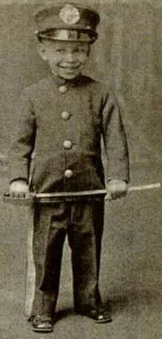 1859 Booker T. Washington at the age of 3.