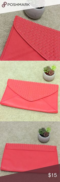Pink Clutch Francesca's Used twice, great condition! Add a pop of color to your outfit. Francesca's Collections Bags Clutches & Wristlets