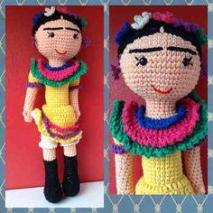 Frida Kahlo Muñeca Amigurumi Crochet Amigurumis - $ 340,00