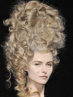 Jeremy Scott S/S 2009 #marieantoinette #inspired #fashion