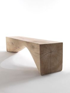 Curve Bench Riva 1920 This bench is made from a single block of cedar wood, it is characterized by an Diy Furniture Projects, Wood Projects, Furniture Design, Trunk Furniture, Rustic Furniture, Objet Deco Design, Diy Möbelprojekte, Curved Bench, Chair Makeover