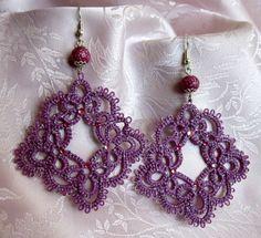 Orecchini viola al chiacchierino, perla rosa scuro di Piccoli Capricci di Mara su DaWanda.com