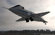"Pan Am ""Orion"" Landing at Hethrow"