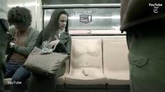 """#Curiosideade en el #Mundo: la #CiudadDeMéxico #México coloco el simir de un """"#Pene"""" aderido a un asiento del #Metro; con el fin de crear conciecia en cuanto al #AcosoSexual /// The New York Times (@nytimes)   Twitter"""
