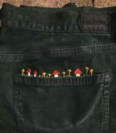 Cute Embroidery, Embroidery Patterns, Embroidery Works, Embroidery On Jeans, Diy Fashion, Fashion Outfits, Fashion Shirts, 2000s Fashion, Winter Fashion