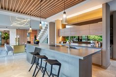 La Balise House in Mauritius Island by Bloc Architects - Luxury Houses Modern Modular Homes, Modern Contemporary Homes, Modern Style Homes, Modern Bungalow, Modern Minimalist House, Small Modern Home, Mauritius Island, Box Houses, Modern Mansion