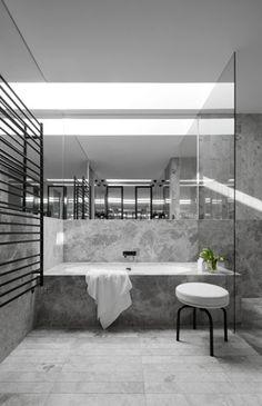 Portsea grey marble bathroom by Mim Design Bathroom Design Inspiration, Bad Inspiration, Bathroom Interior Design, Marble Interior, Modern Interior, Interior Architecture, Asian Interior, Australian Architecture, Interior Decorating