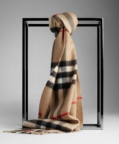 Burberry Camel Giant Cashmere Scarf [BF04] - $128.00 : Authentic Burberry Scarf Sale:High Quality And Lower price