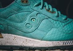 "Epitome x Saucony Shadow 5000 ""Righteous One"""
