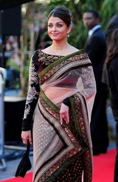i want a long sleeve sari!