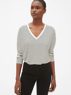 66519ed06bc7 Gap Womens Long Sleeve Stripe V-Neck T-Shirt In Luxe Jersey Neutral Stripe
