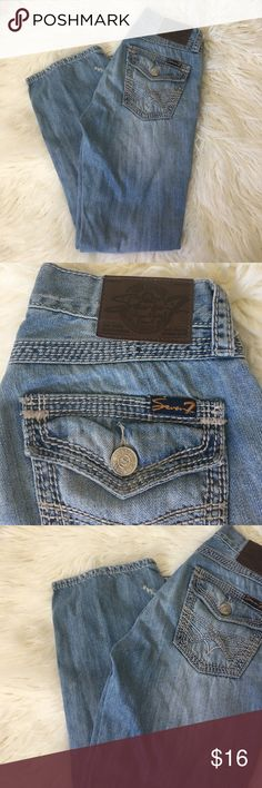 7 Jeans Re owned, good condition. Light wash bootcut Seven Jeans. 30x30 inseam 27 Inches. Seven7 Jeans Boot Cut