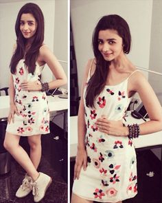 Alia has been opting for short dresses and shoes for her film promotions. This time, for Bangalore, she chose a white Natasha Dalal dress with Isabel Marant shoes and a bracelet on her hand. She kept her hair open with minimal make-up to complete her look Bollywood Celebrities, Bollywood Fashion, Mini Frock, Alia Bhatt Cute, Alia And Varun, Kurta Designs, Western Dresses, All About Fashion, Indian Actresses