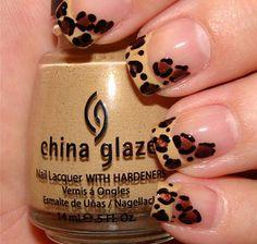 Leopard nail art |